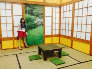 Sailor Mars stands in a tatami room