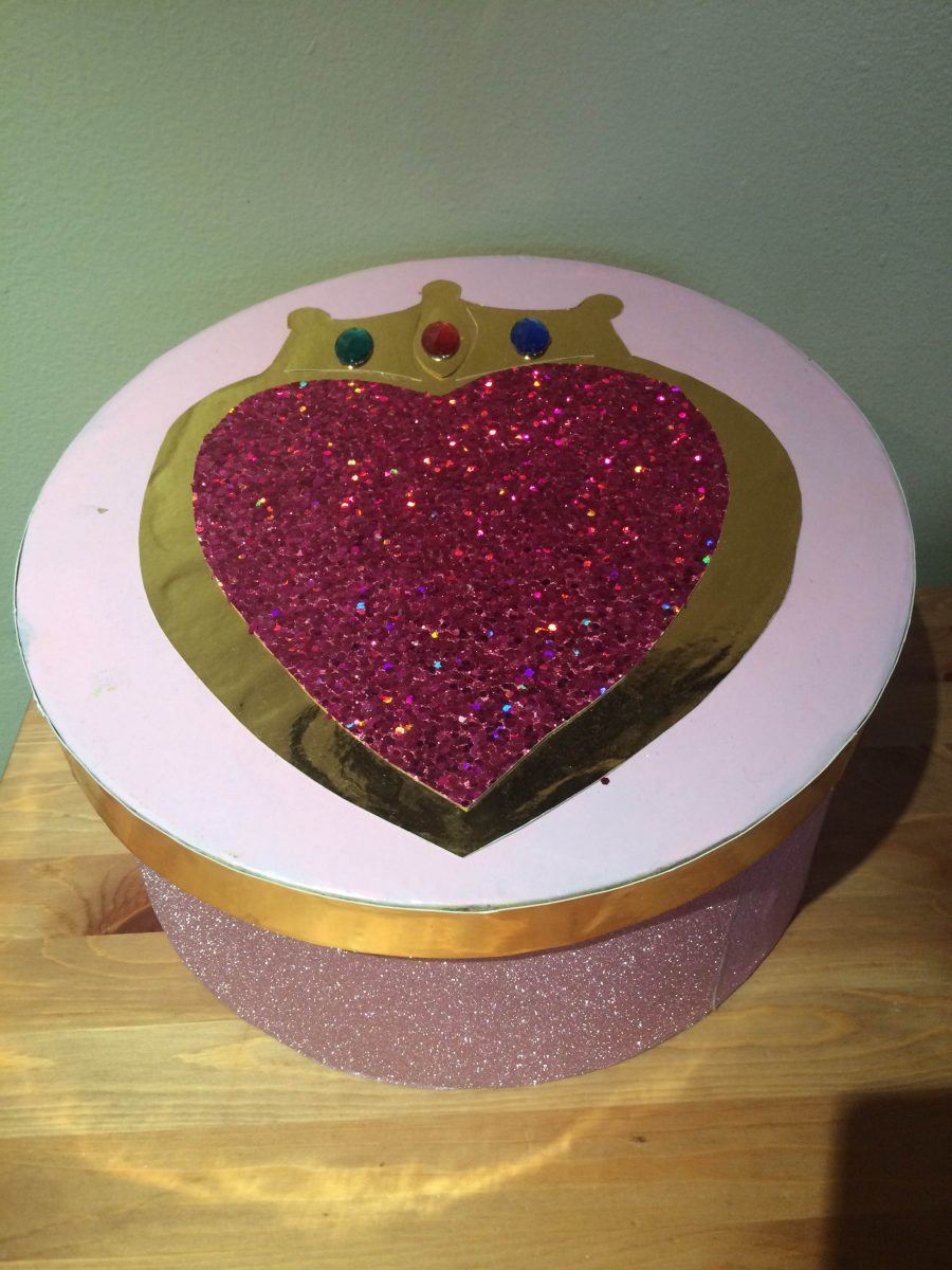 a hat box turned into chibi moon's prism compact